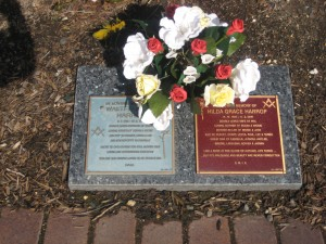 Harrop plaque at Bunurong Cemetery