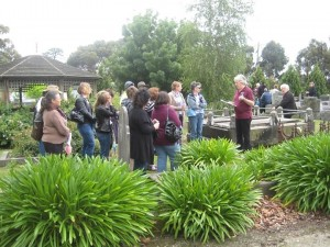 Indomitable Women: Pakenham Cemetery Tour